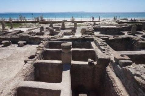 ローマの遺跡、マグロの塩漬け