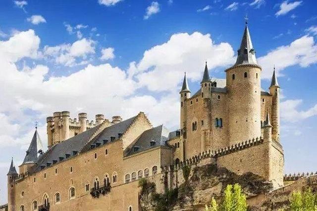 セゴビア城