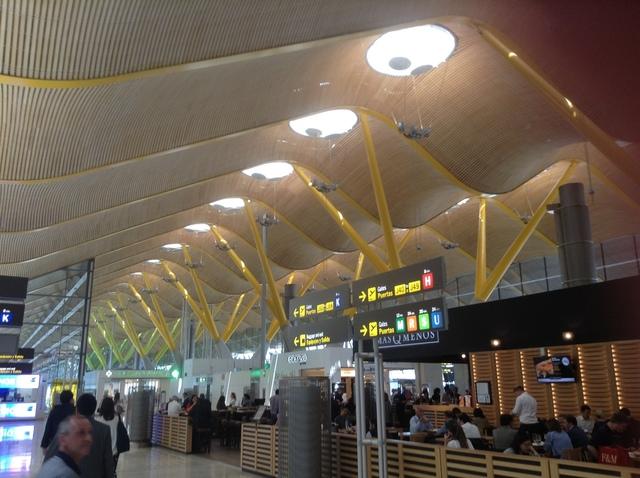 ターミナル4