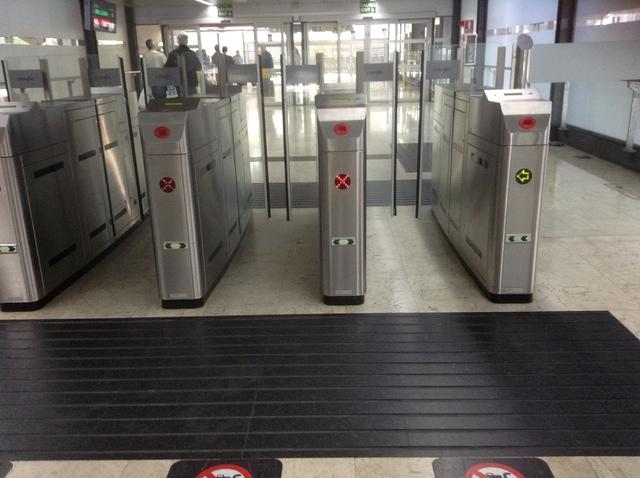 スペイン国鉄ターミナル4